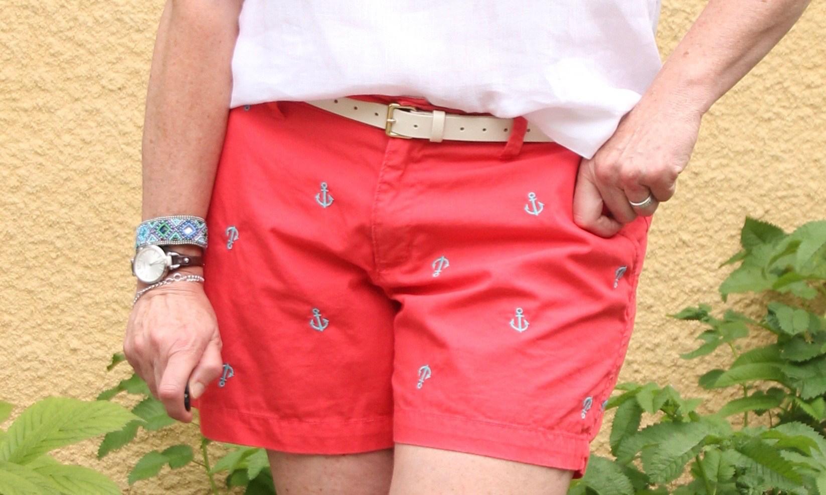 ndwc_linen-top_shorts_closeup.jpg